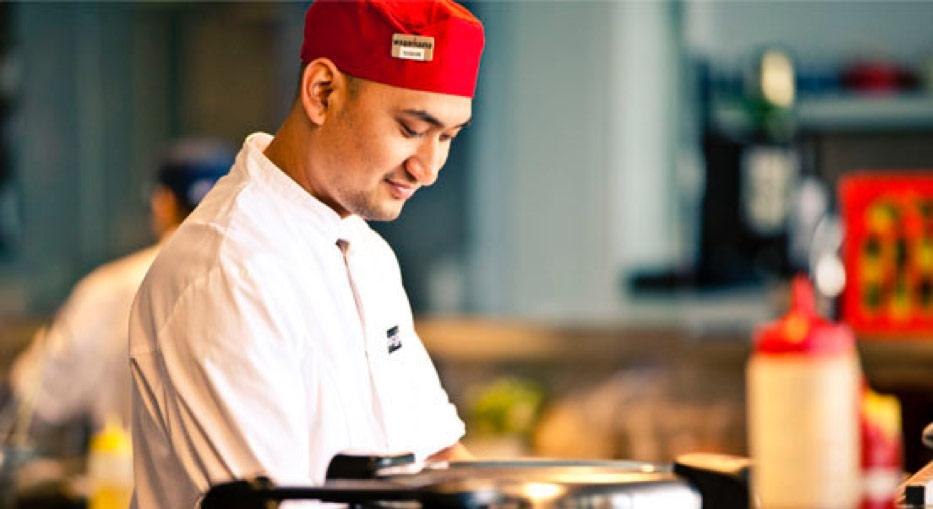 wagamamas kitchen staff